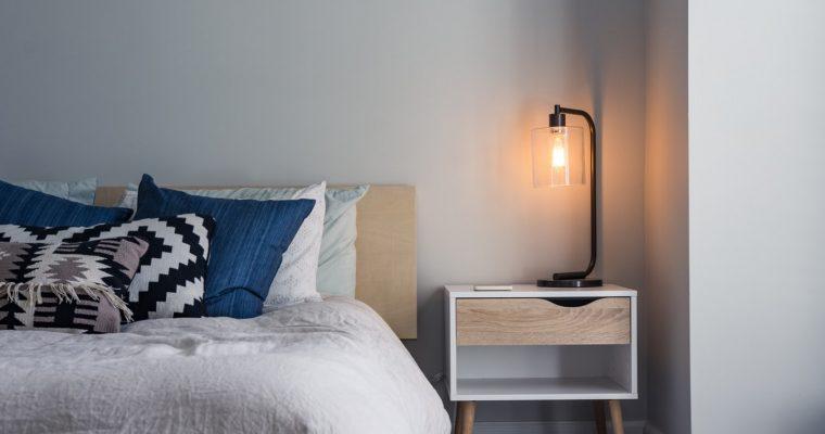 Tre tips til at få mere stil ind i dit soveværelse