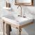 Håndvasken til den klassiske, romantiske stil på badeværelset